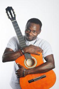 M BROWN VASAF Artiste - voix des artistes sans frontiere