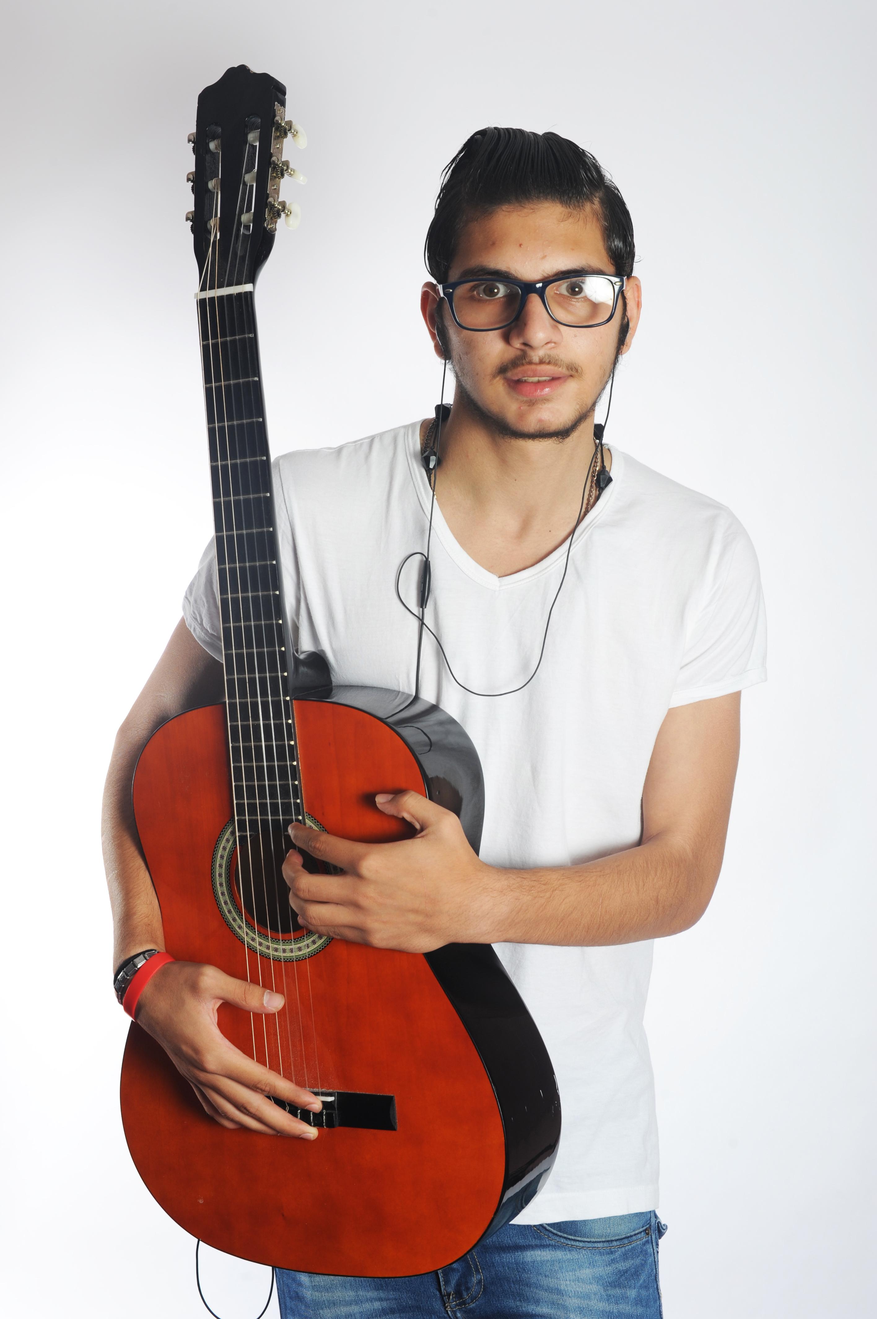 MOUDY AK VASAF Artiste - voix des artistes sans frontiere